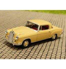 Mercedes-Benz Mercedes-Benz 220 s(W 180 II)beige.