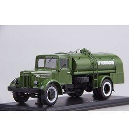 MAZ(Minski Avtomobilnyi Zavod) MILITARY TANKER TRUCK MAZ-200
