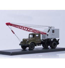 MAZ(Minski Avtomobilnyi Zavod) MULTIFUNCTIONAL TRUCK CRANE K-51(MAZ-200)with function,khaki/grey