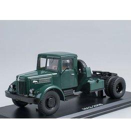 MAZ(Minski Avtomobilnyi Zavod) MAZ-200V TRACTOR TRUCK