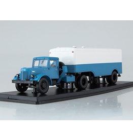 MAZ(Minski Avtomobilnyi Zavod) MAZ-200V TRUCK WITH KOFFER TRAILER