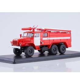 URAL AUTOMOTIVE PLANT FIRE ENGINE AC-40(URAL-43202)with white stripes