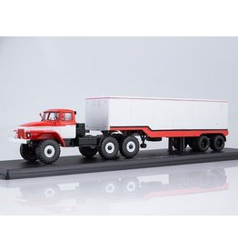 URAL AUTOMOTIVE PLANT URAL-377S TRACTOR TRUCK WITH SEMI TRAILER ODAZ-935(red/white)