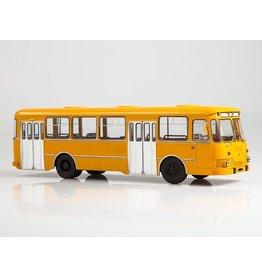 LIAZ(Liberecké Automobilové Zavody) LIAZ-677M CITY BUS(yellow/white)