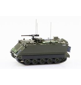 FMC M113 ARMORED COMMAND  CARRIER 63