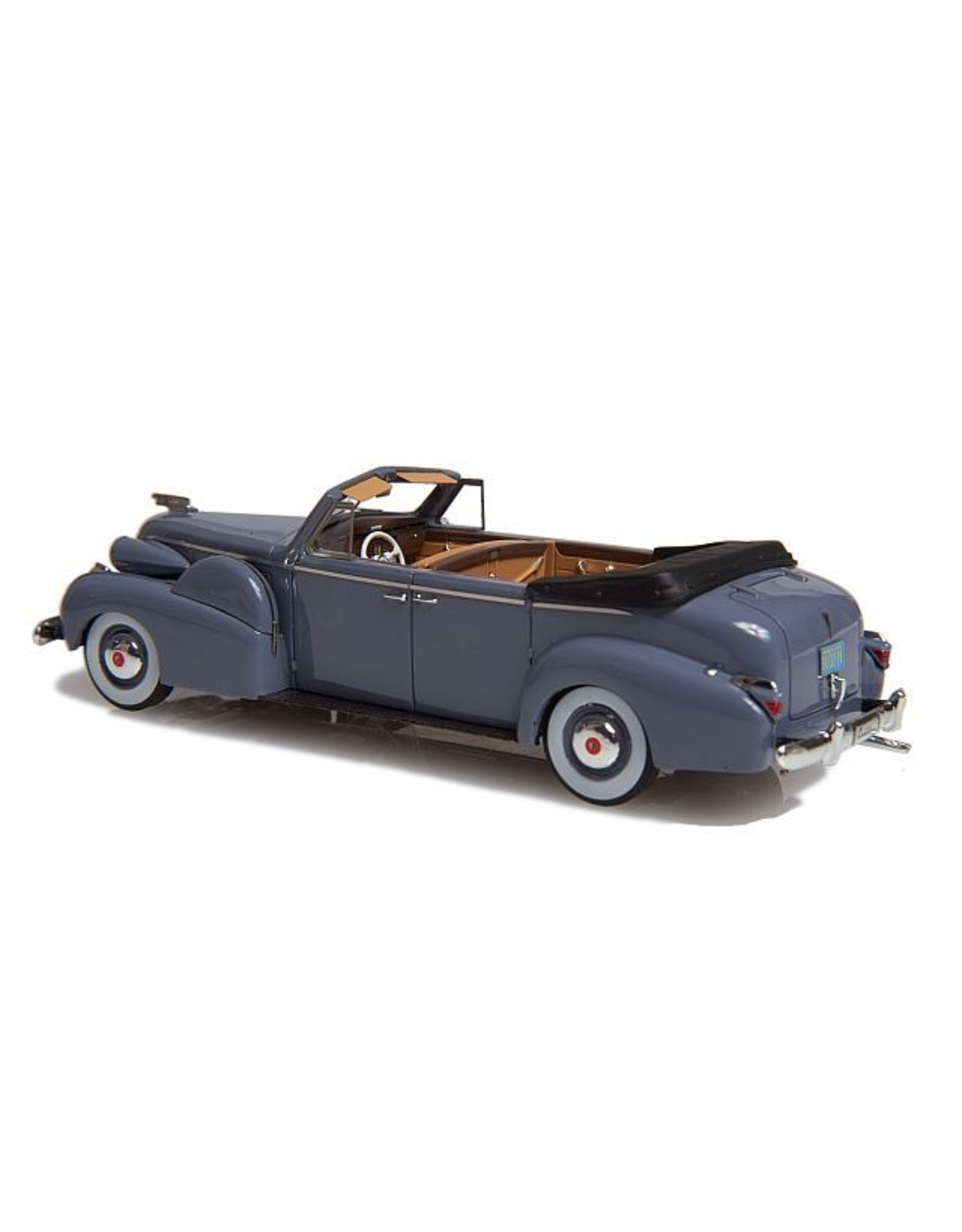 Cadillac by Fleetwood. CADILLAC SERIE 75 CABRIOLET(1934)BY FLEETWOOD(open roof-grey.