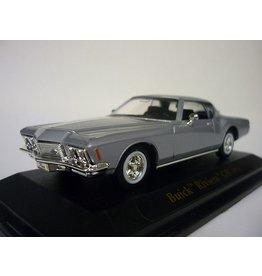 Buick Buick Riviera GS(1971)silver metallic