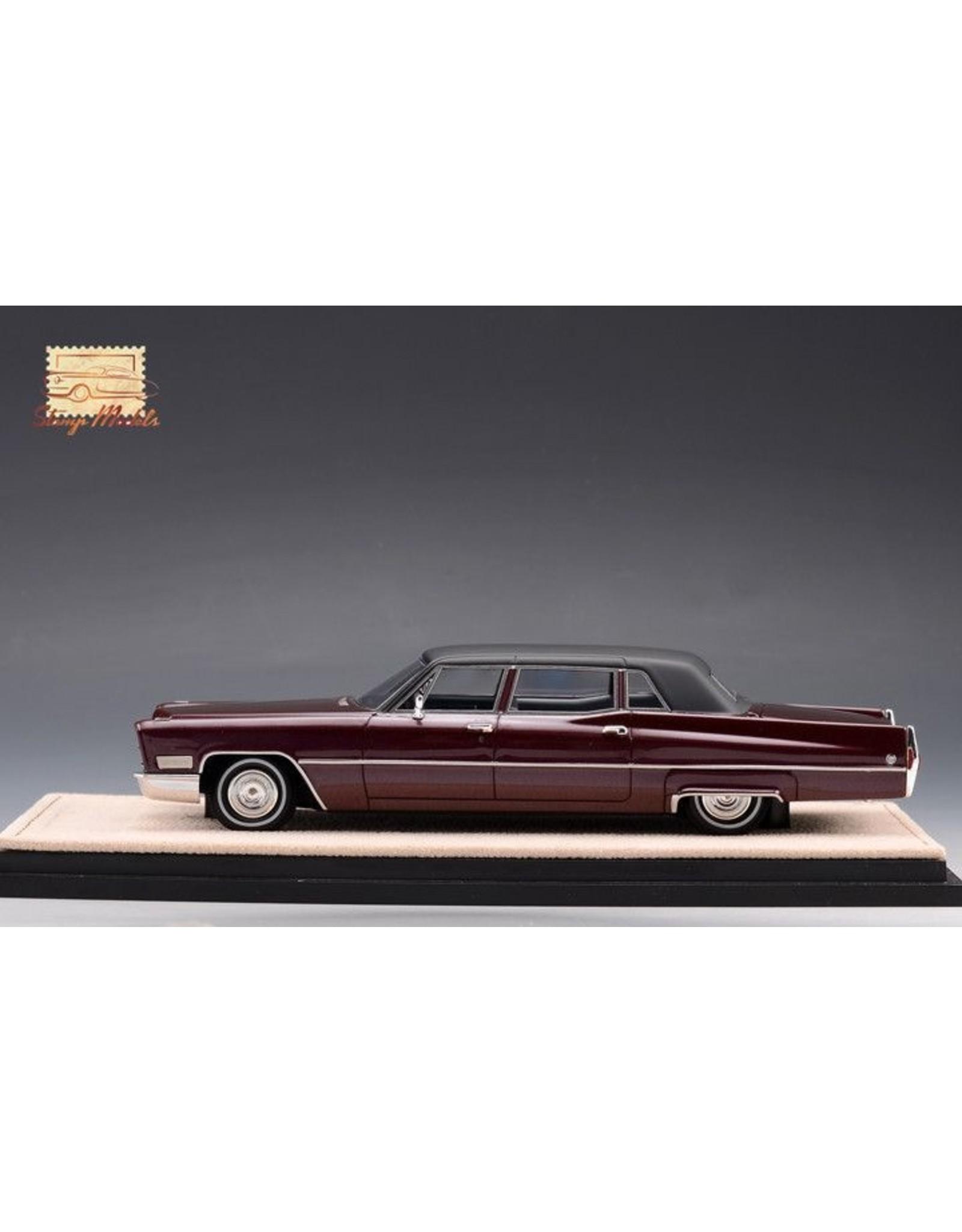 Cadillac(General Motors) Cadillac Fleetwood Series 75 Limousine(1968)Madeira plum metallic.