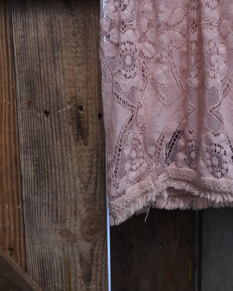 """Kanten jurk """"La xanga"""" roze PLUS"""