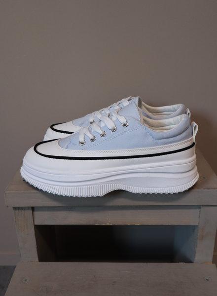 Sneaker licht blauw