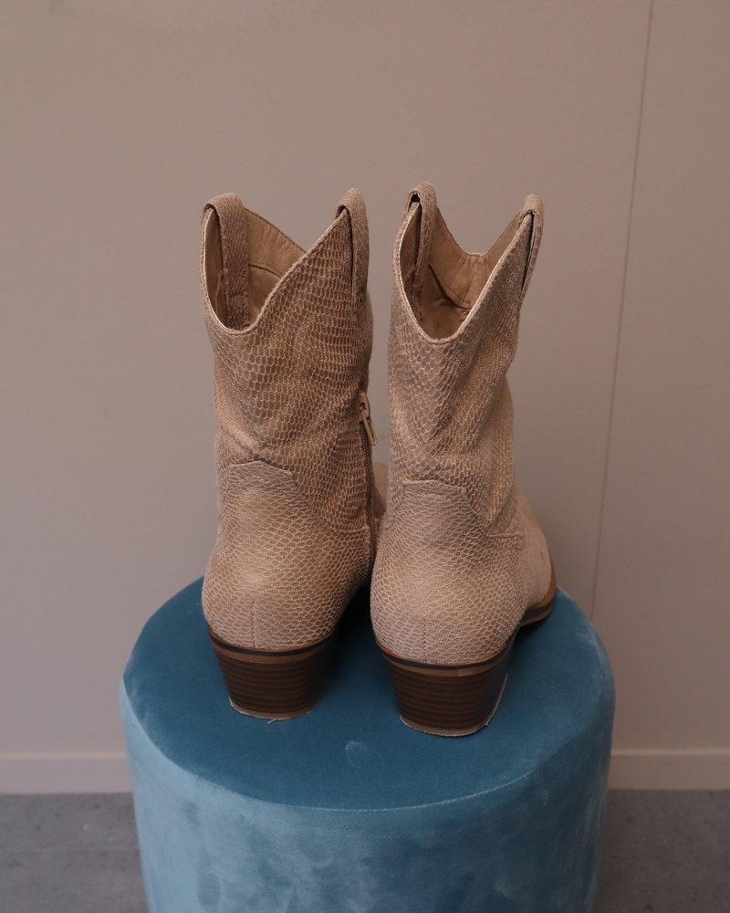 """Western boots """"Snake"""" beige"""