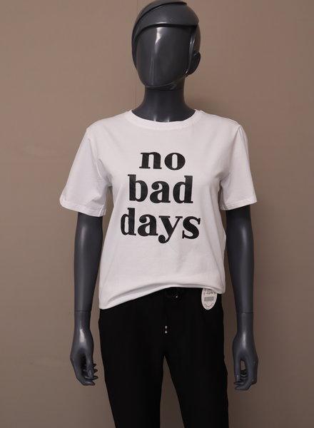 "T-shirt ""No bad days"""