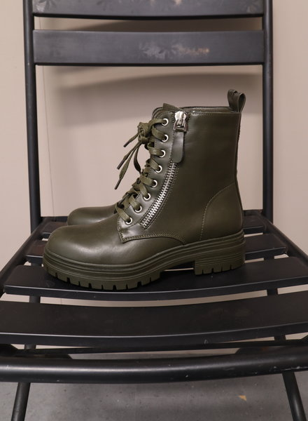 Boots army green