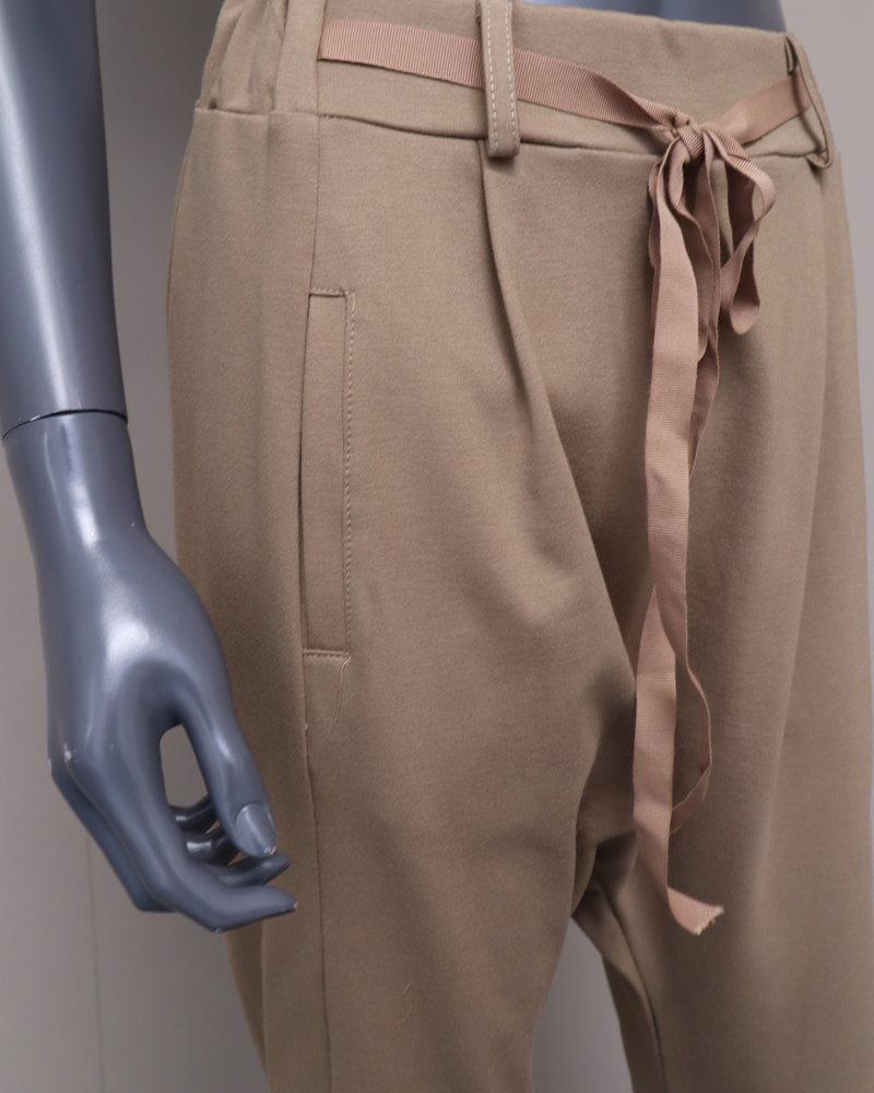 Xuna Comfi pantalon laagkruis camel