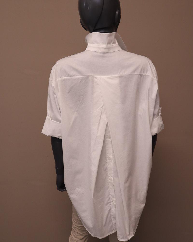 Xuna Overhemdblouse knoop rug wit