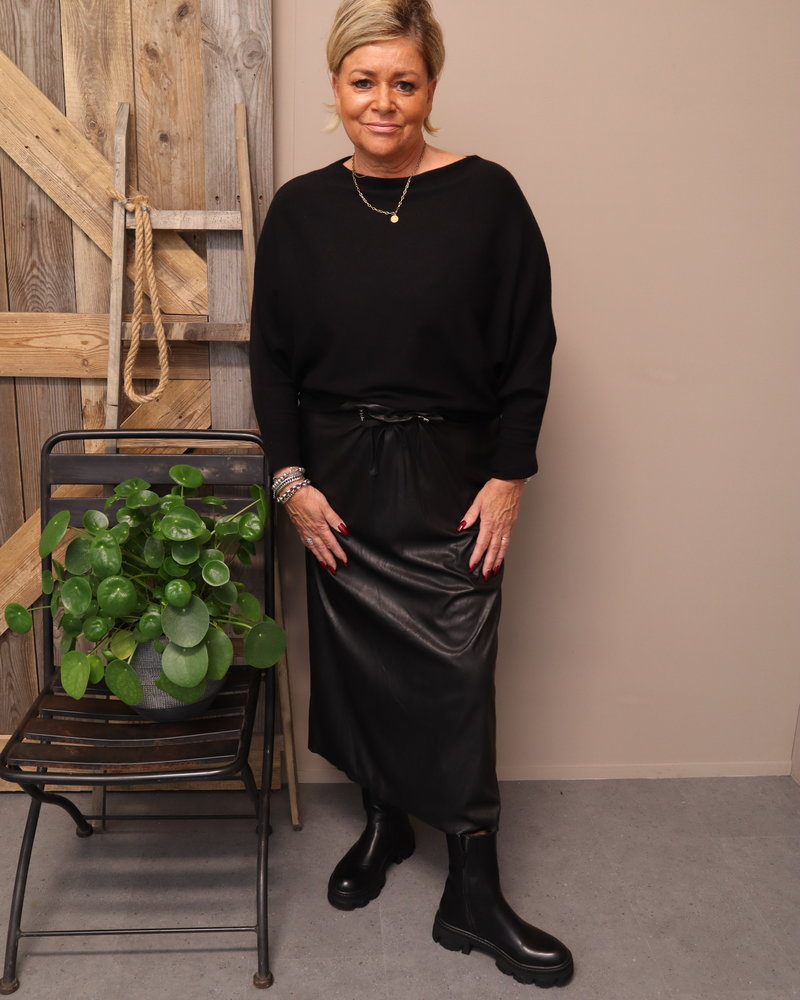 Leatherlook rok zwart