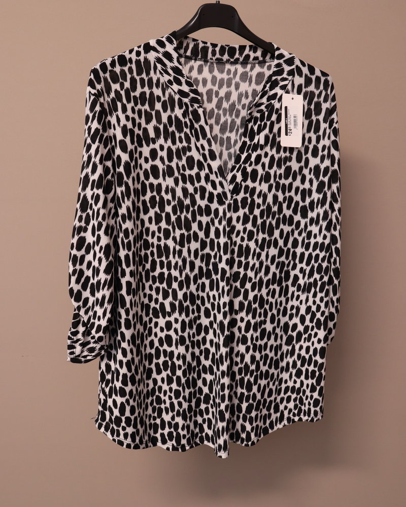 """Blouse travel """"Spotted"""" zwart/wit PLUS"""