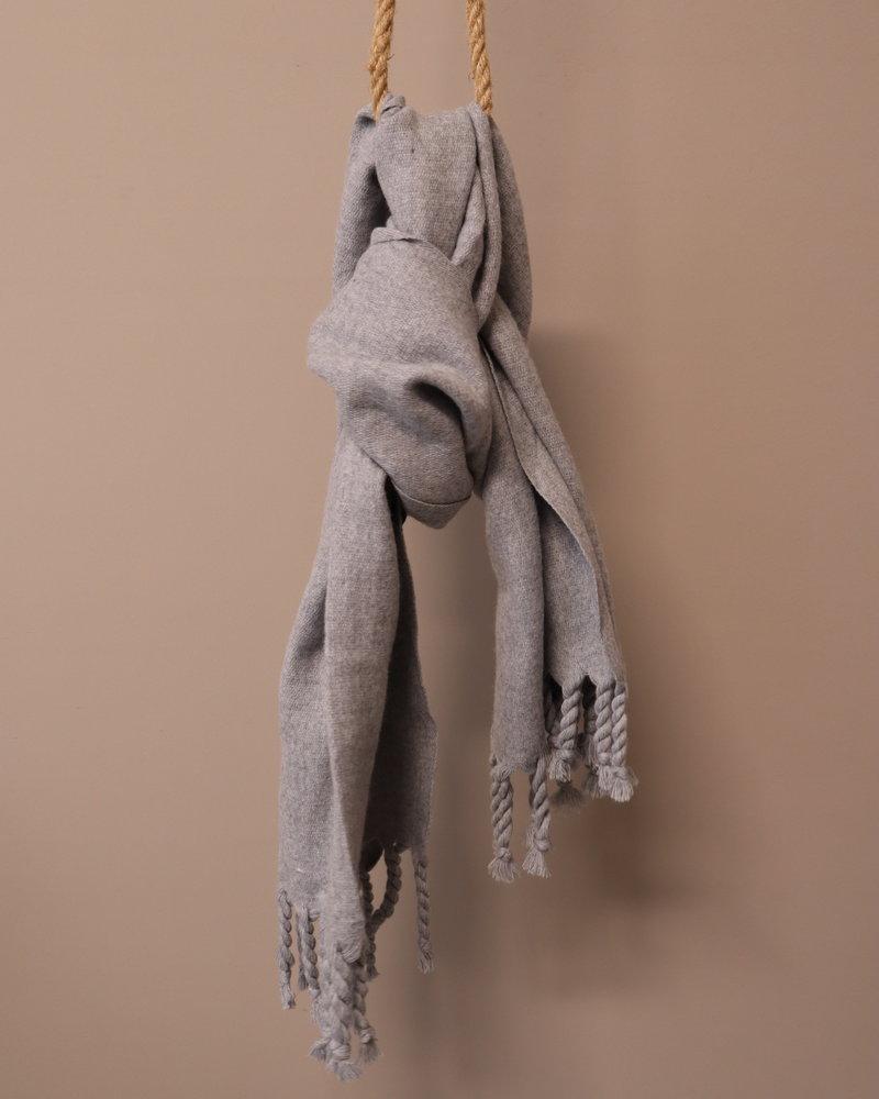 Sjaal kwast grijs