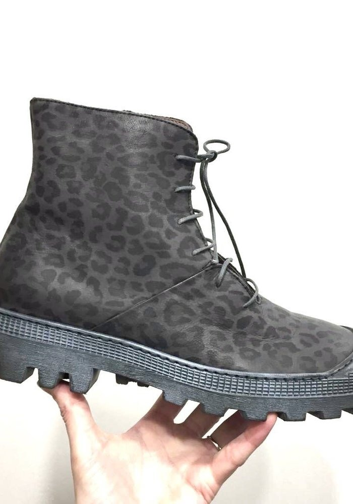 Lofina Leather Lace Up Boots