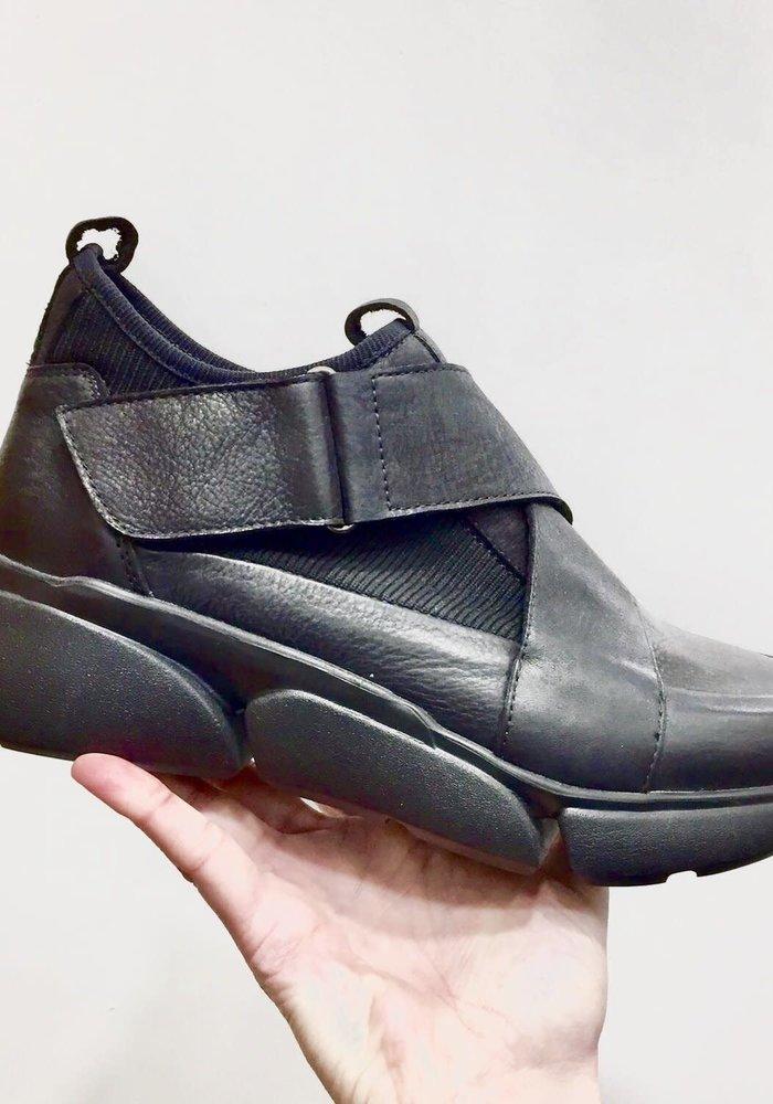 Lofina Stretch Knit Velcro Shoes