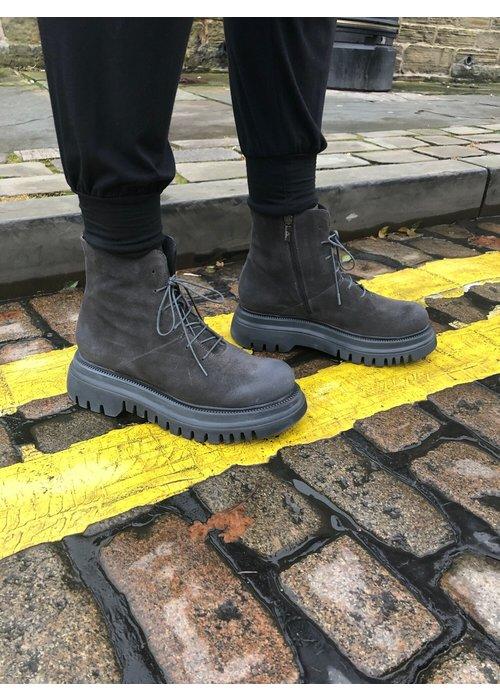 LOFINA Lofina Lace Up Chunky Sole Boots