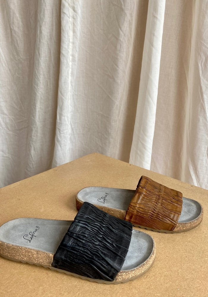 Lofina Ruched Leather Slide Sandal