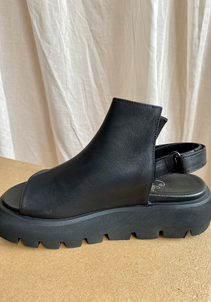 Lofina Leather High Front Sandal