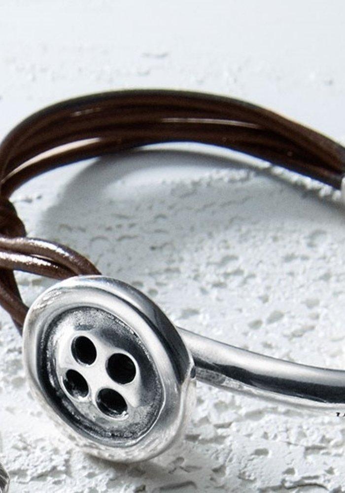 """Uno De 50 """"My Button"""" Leather & Silver Bracelet"""