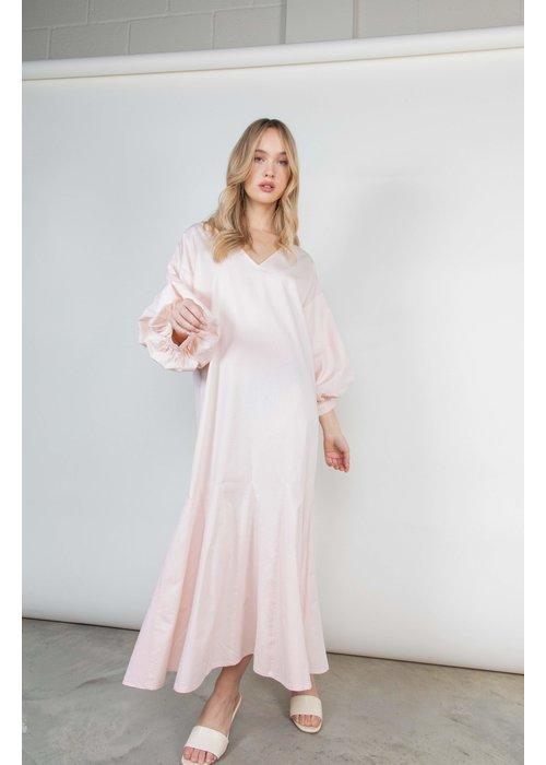 PRETTY LAVISH Pretty Lavish Marlow Midi Dress