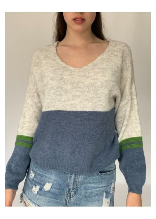 N AND WILLOW N and Willow Combo V Neck Knit