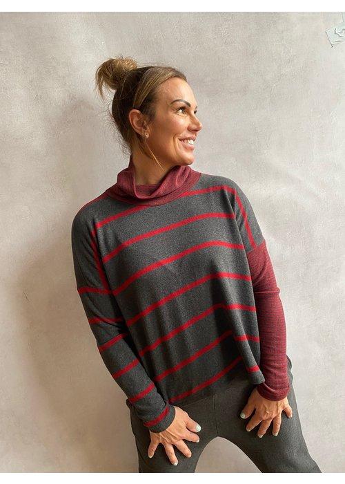 MAMA B Mama B Monte Striped Fleece Top