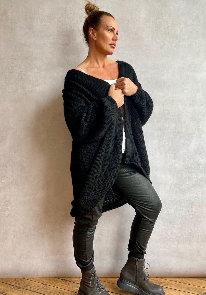 Suzy D Fabienne Chunky Knit Cardigan