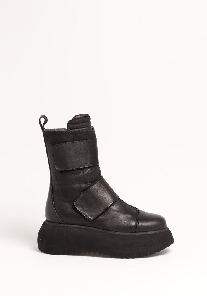 Lofina 1325 Platform Velcro Boot