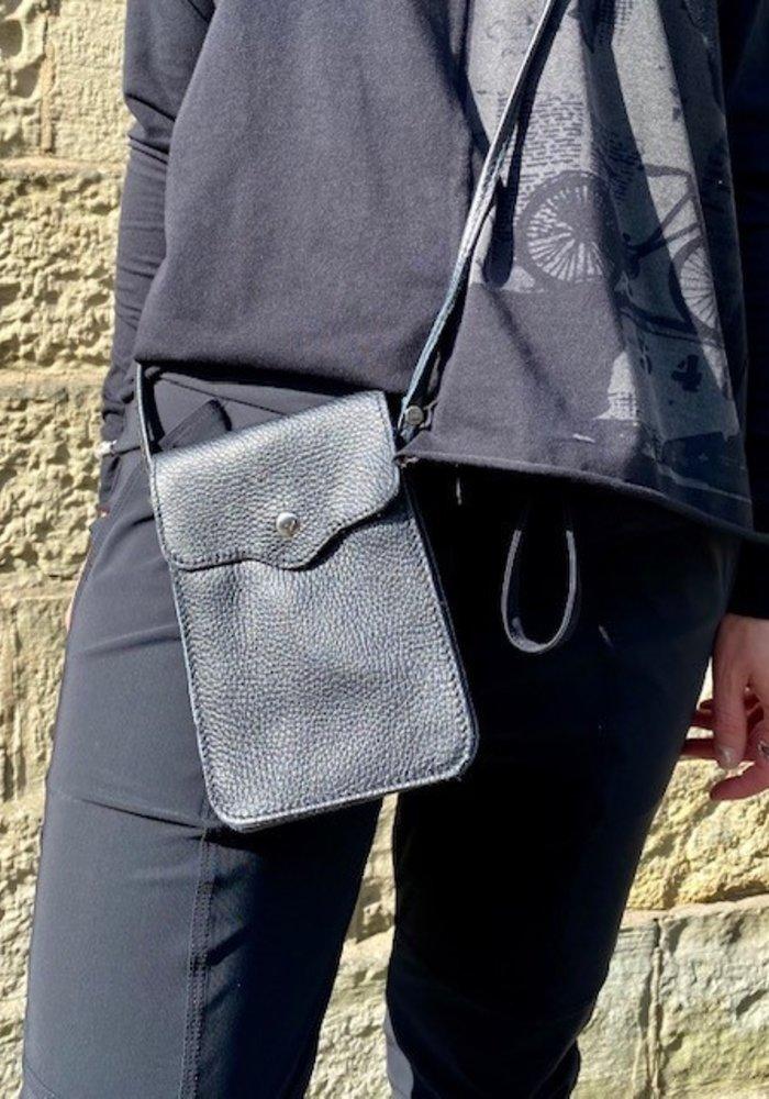 Sunday Best Kylie Leather Phone Bag