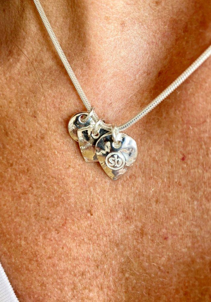 Sunday Best Short Silver Necklace Shiny