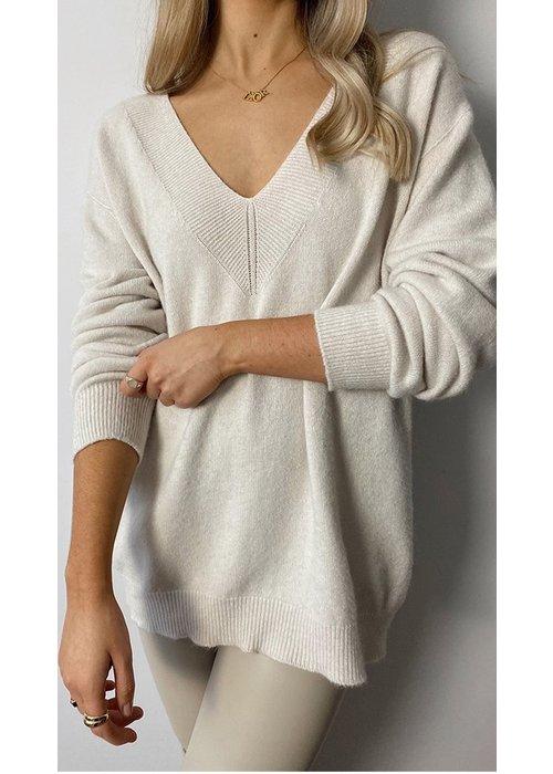 CHARLI Charli Ivy Sweater