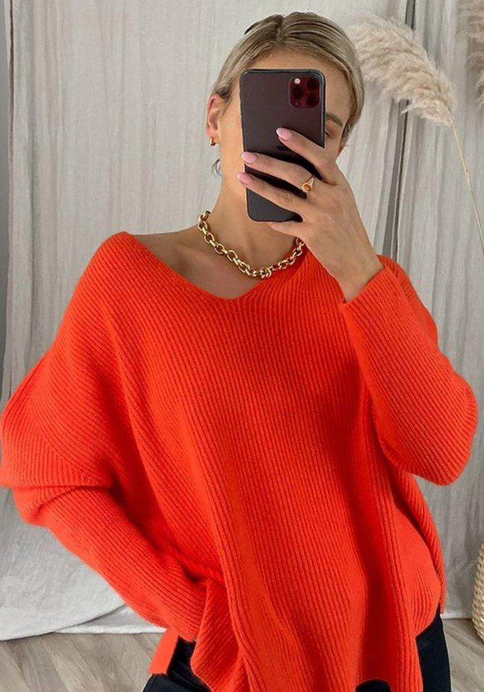 Charli 8.00PM Sweater