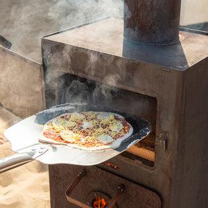 Weltevree Weltevree Outdooroven. Vuurtje stoken, pizza bakken en barbecueen.