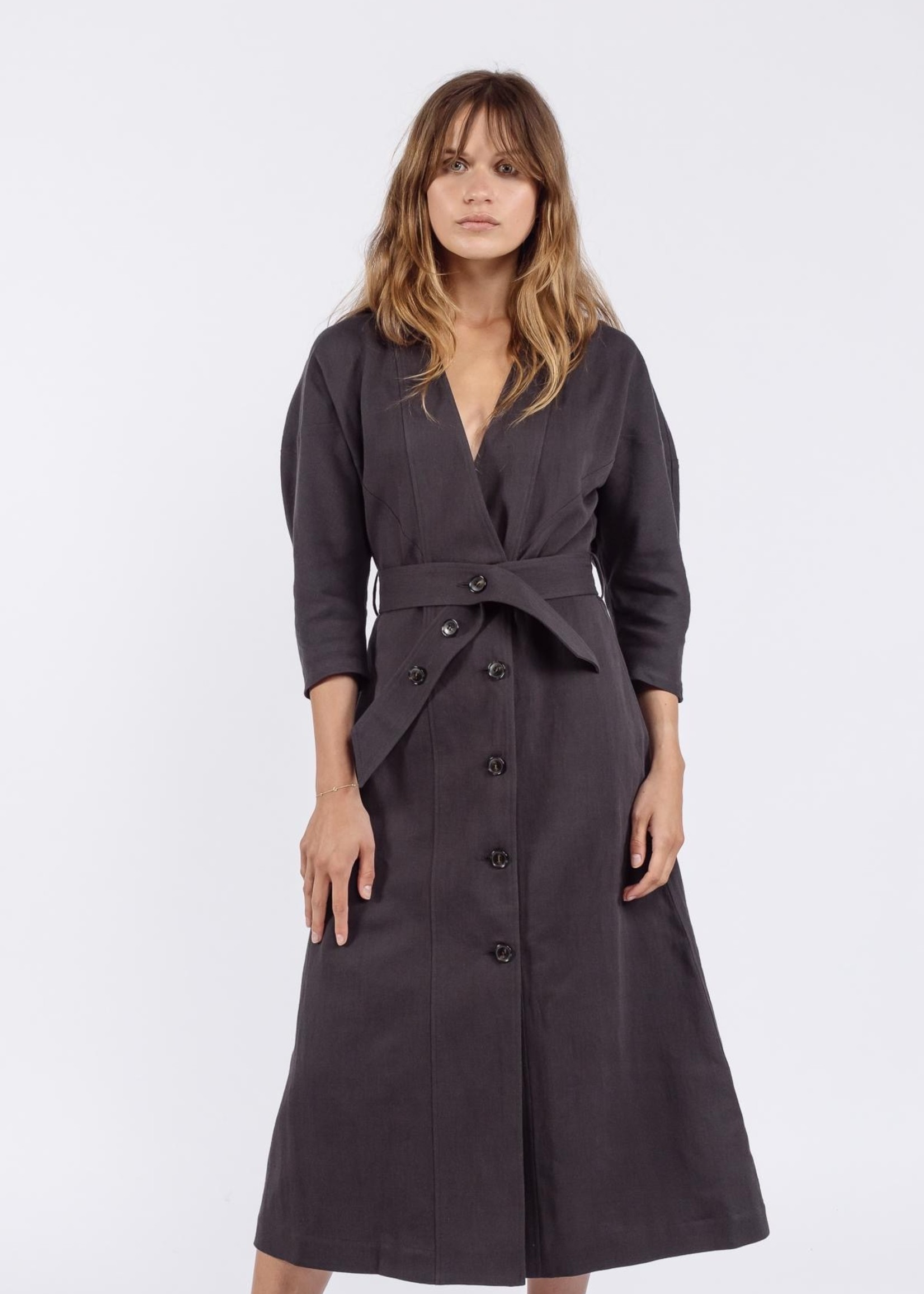 Ame ame antwerpen dress with front buttons puff sleeves used black