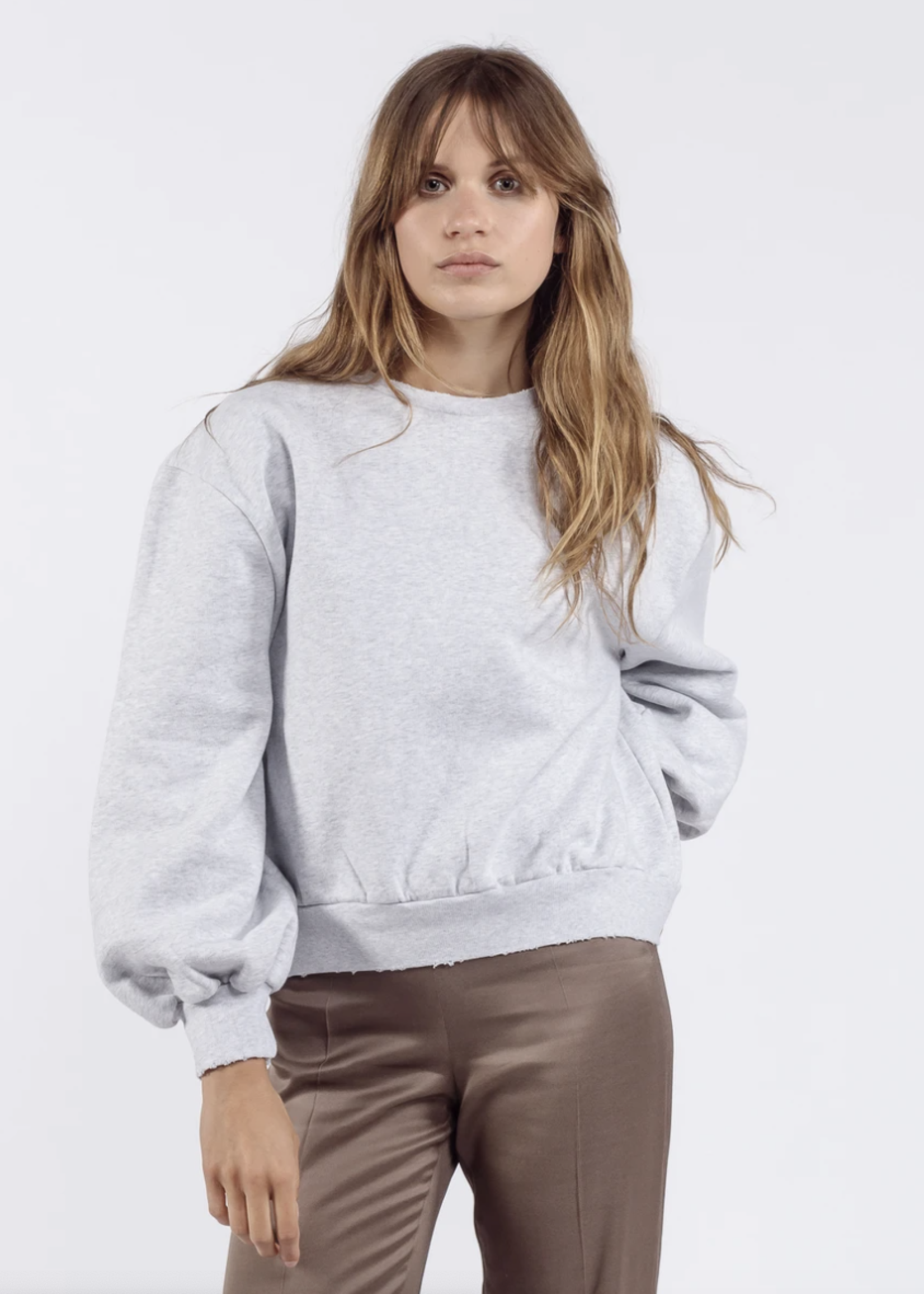 Ame ame antwerp sweater with puff sleeves grey clear