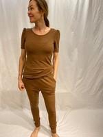 by basics by basics tee short sleeve puff camel melange