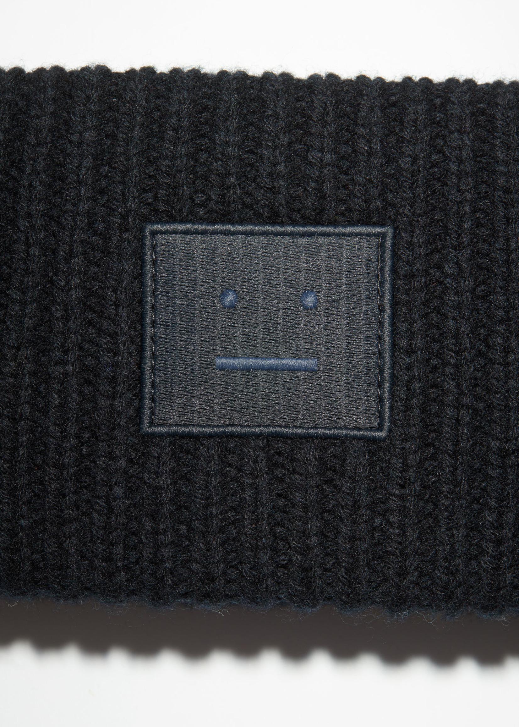 Acnestudios Acnestudios  headband fancy face black