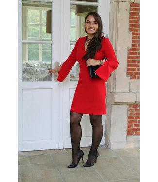 Rode jurk met V-hals
