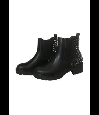 Black boots - Black studs