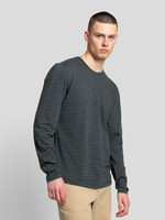 Revolution 1057 Long-sleeved T-Shirt