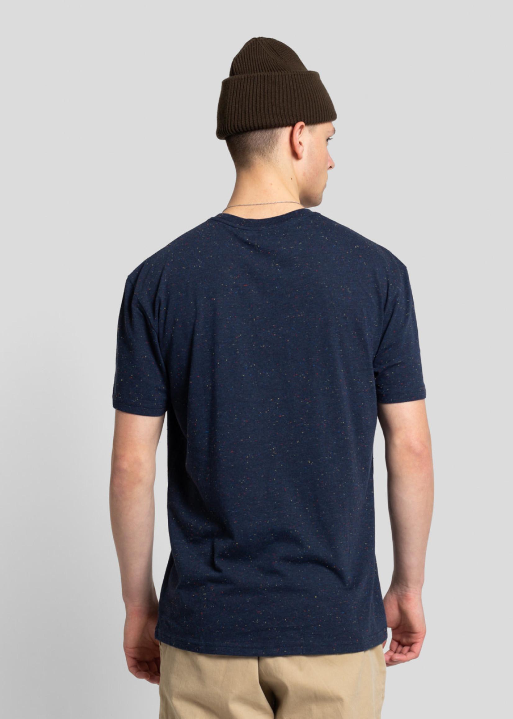 Revolution 1243 Loose T-Shirt