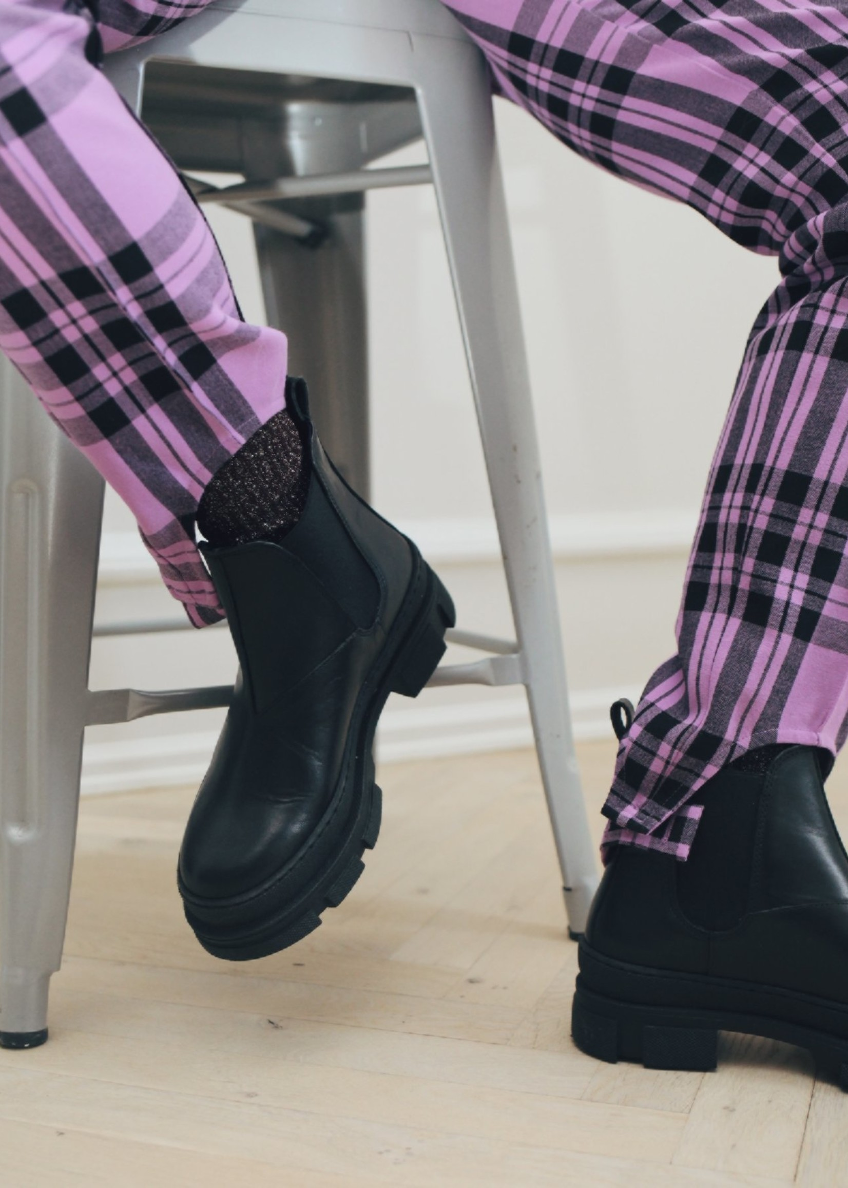 Garment Project Irean Chelsea - Black Leather