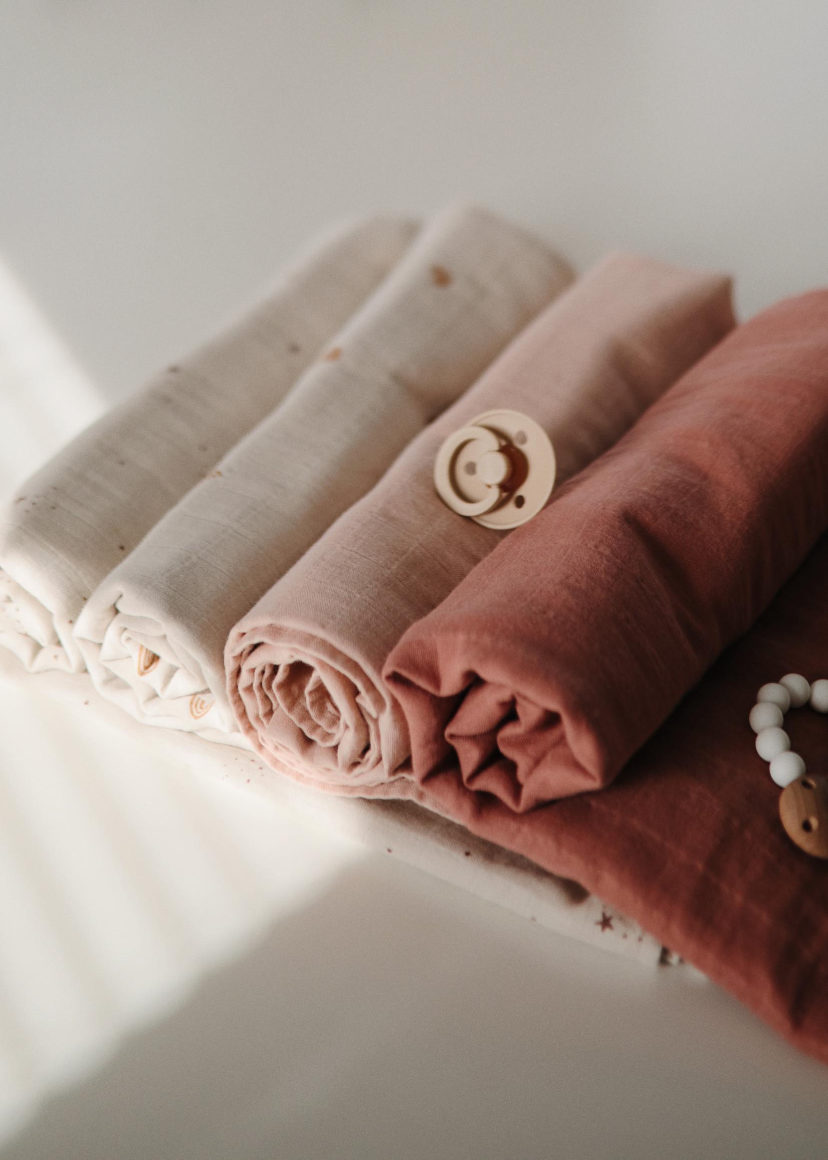 Mushie Muslin Swaddle Blanket Organic Cotton - Rainbows
