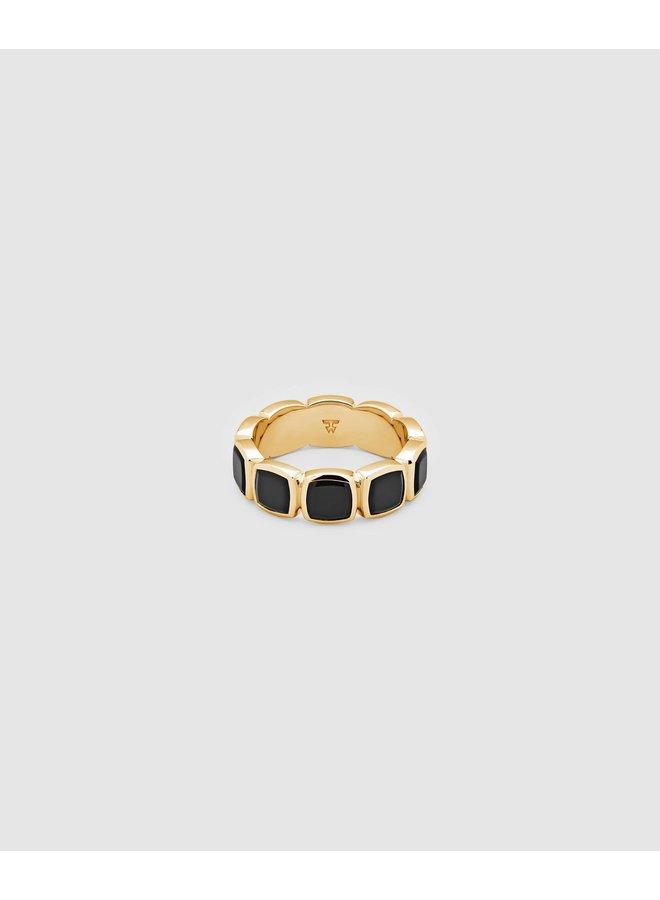 Cushion Band Polished Onyx Gold Ring