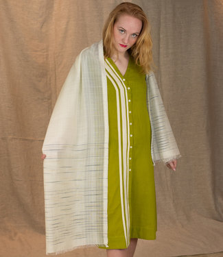 Amba Grote witte sjaal van wol en zijde